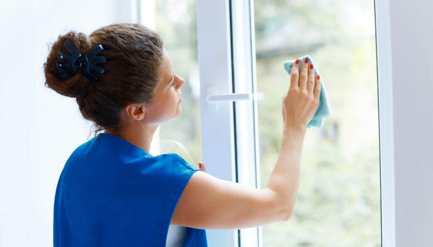 Schneespray entfernen – 3 Tipps
