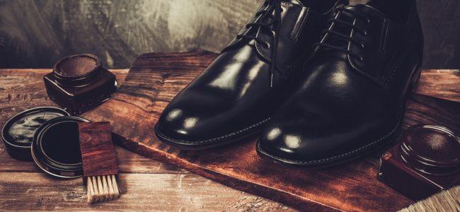 Schuhe putzen: Anleitung zur Reinigung von Lederschuhen, Stoffschuhen und Stiefeln