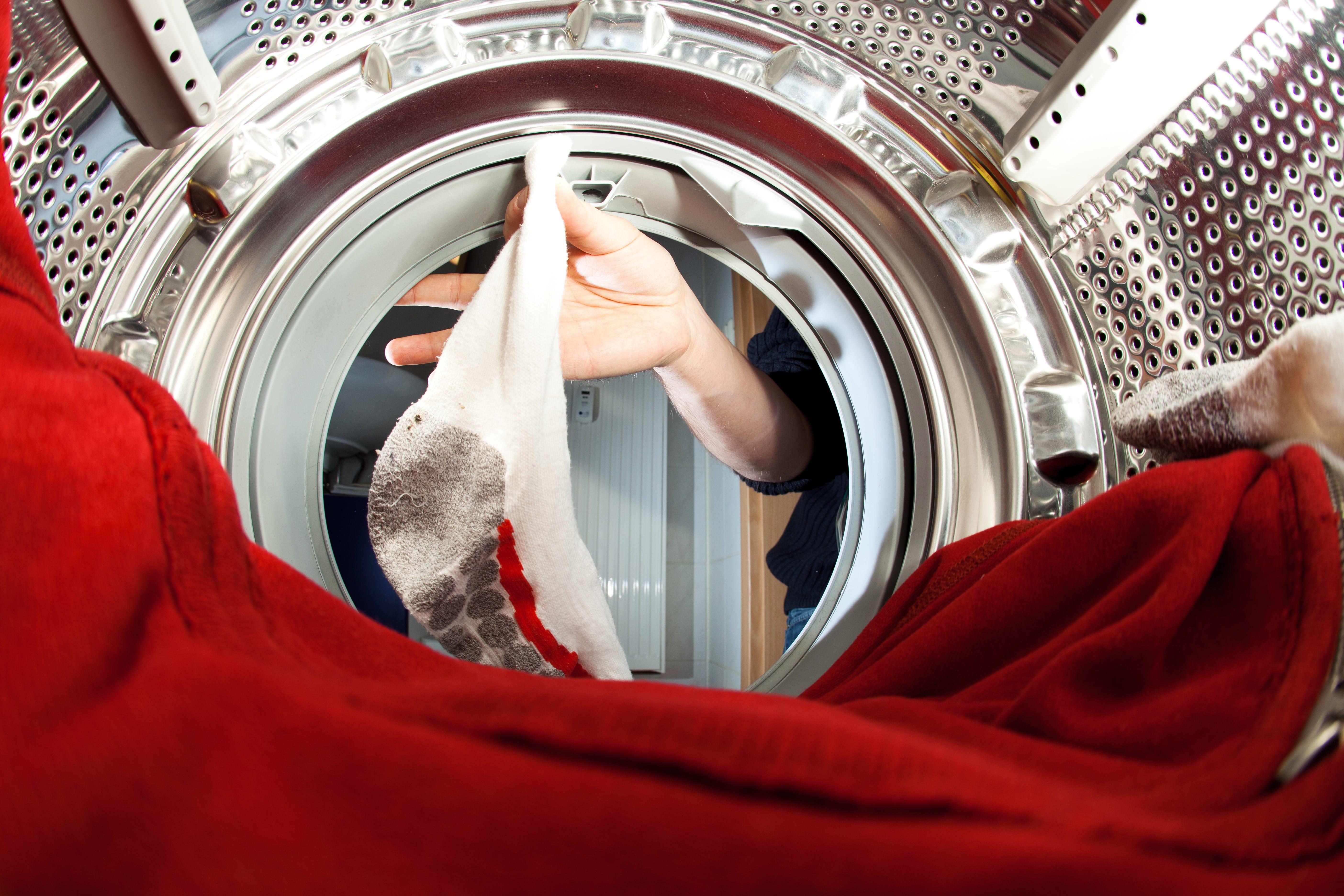 Socken in der Waschmaschine – 3 Tipps wie sie nicht verschwinden