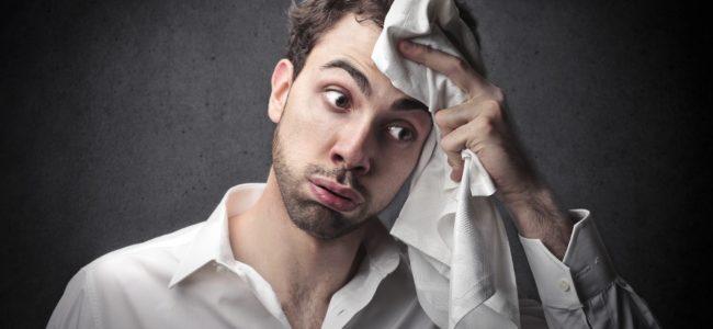 Starkes Schwitzen am Kopf: Ursachen und Behandlung von Kopfschweiß