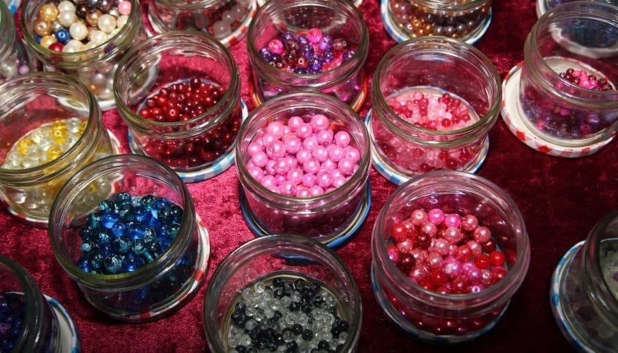 Statement-Kette aus Perlen selber machen – DIY-Anleitung für Schmuckfans