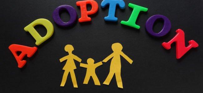 Stiefkindadoption: Alles zum Antrag, Ablauf und den Kosten