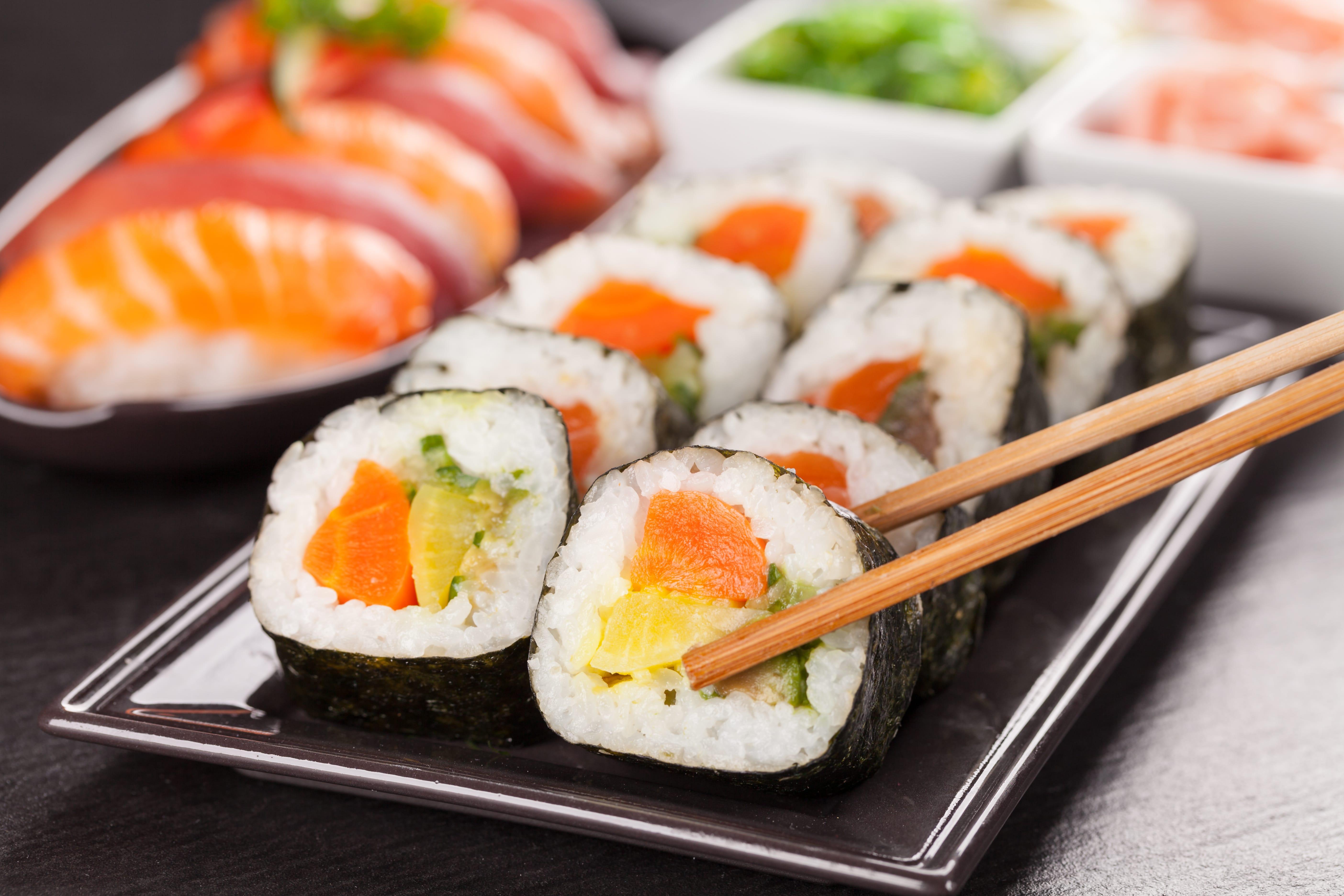 Sushi: Wo kommt es her und wie wird's gegessen?