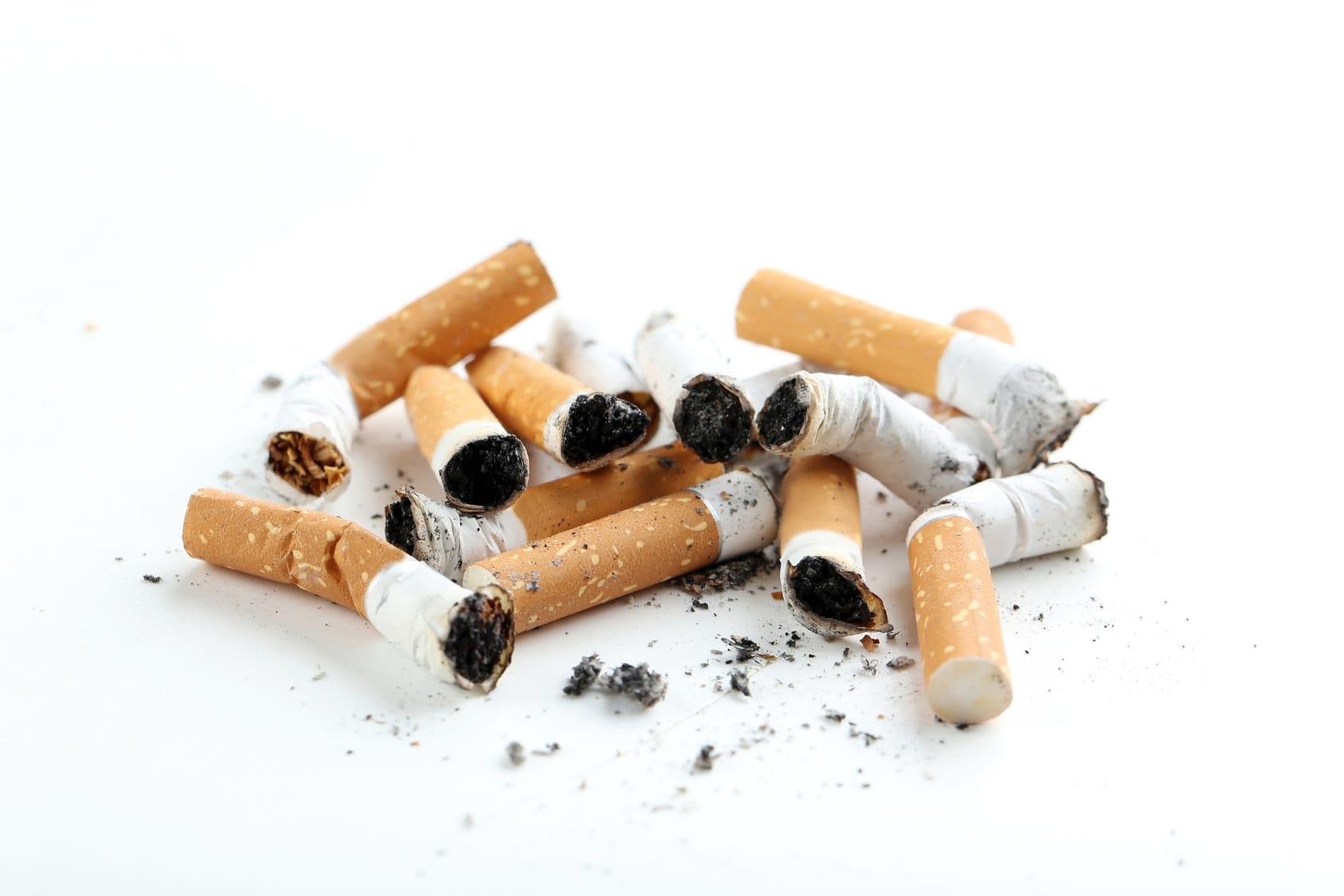 Tabakflecken entfernen – 7 Tipps & Tricks