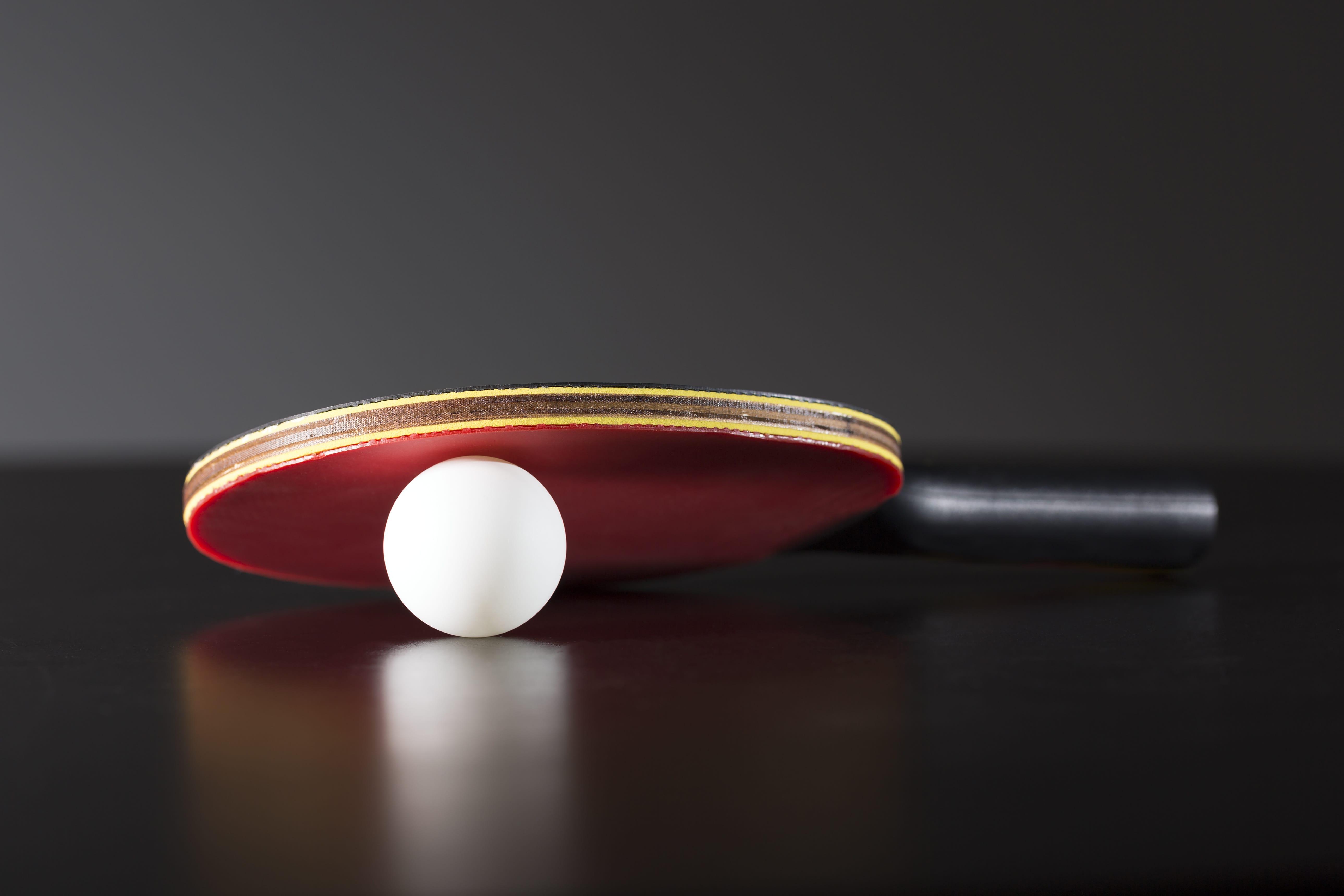 Tischtennisball mit Delle reparieren