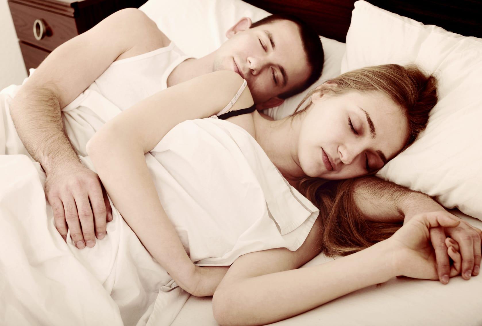 Belastet die Verdauung den Schlaf?