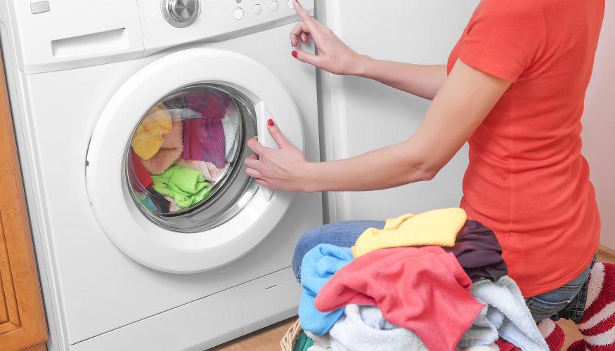 Wäsche waschen bei 30 oder 40 Grad: So wird's sauber und keimfrei!