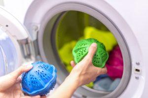 waschkugeln in der waschmaschine