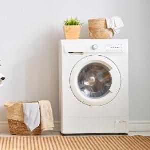 waschmaschine in waescheraum
