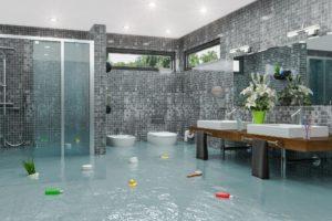 ueberschwemmtes badezimmer