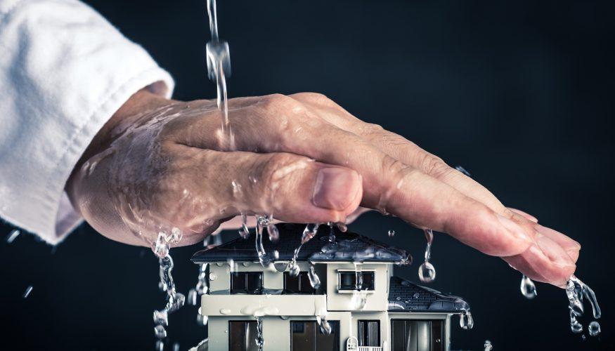 Erste Hilfe bei Wasserschaden – Was ist zu tun?