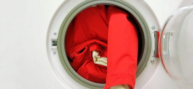 Winterjacke waschen: So sparen Sie sich den Weg zur Reinigung