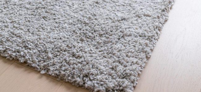 Wollteppich reinigen: Die besten Hausmittel