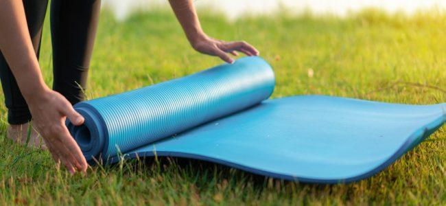 Yogamatte reinigen: Tipps für eine saubere Matte