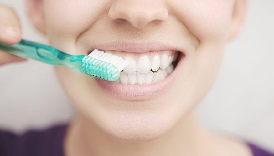 Zahnbürste wechseln – aber wie oft?