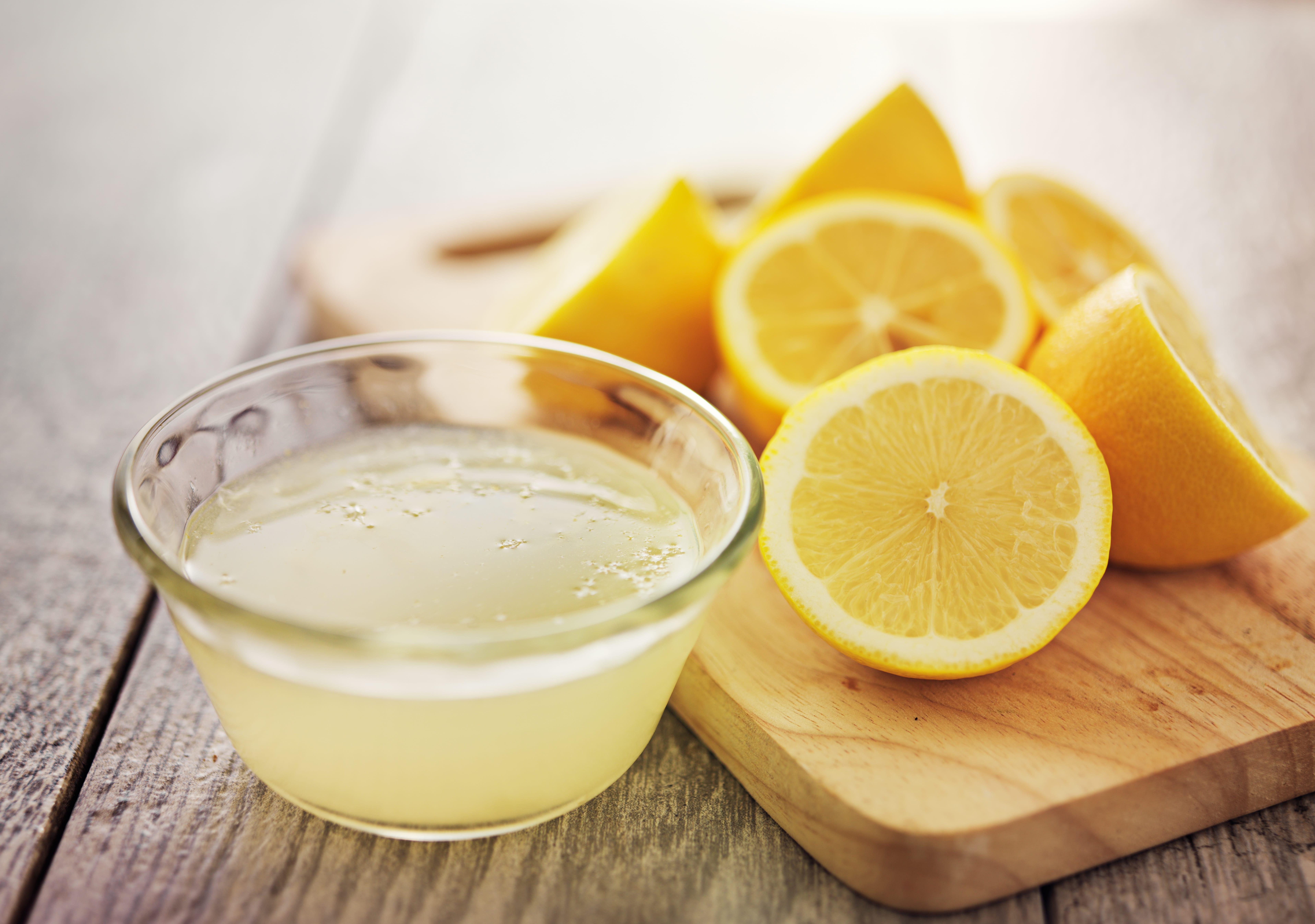 Zitrone gegen unangenehme Gerüche